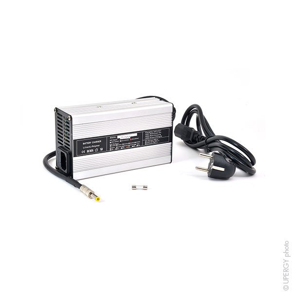 Chargeur lithium-ion 6 cellules 6A 22.2V