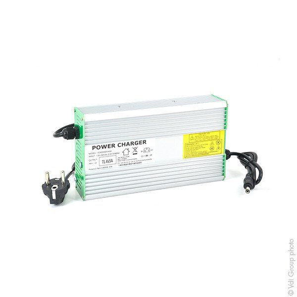 Chargeur lithium-ion 17 cellules 5A (71.4V)